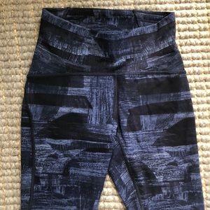 Lululemon active pants sz 4 like new!